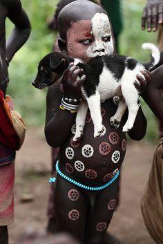 dont eat the whole puppy little boy :)