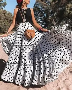 Polyester Polka Dot Floor-Length Pleated Skirts Flared Skirts A-Line Skirts Modest Fashion, Fashion Outfits, Fashion Trends, Fashion Skirts, Woman Outfits, Women's Fashion, Daily Fashion, Fashion Clothes, Street Fashion