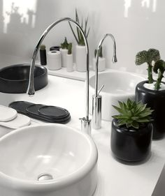GESSI Goccia collection sink, tap and bathroom accessories