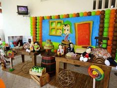 Chavo Del Ocho dessert table