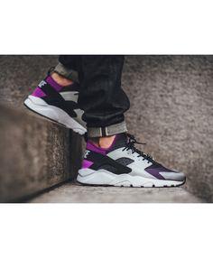 9833d0560a9 Chaussure Nike Huarache Run Ultra Dynastie Violet New Nike Huarache
