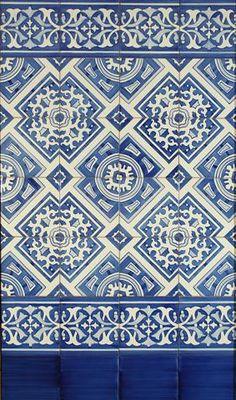 Zócalo Graphic Patterns, Tile Patterns, Textures Patterns, Barbie House Furniture, Vintage House Plans, Greek Culture, Spanish Tile, Pattern Wallpaper, Surface Design