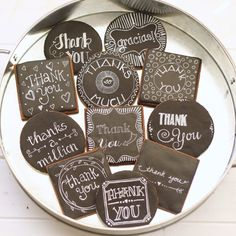 Learn how to make chalkboard cookies using a white food color marker, not a paintbrush. Plus, learn how to make black icing with minimal food coloring! Meringue Cookies, Royal Icing Cookies, Sugar Cookies, Cookie Tutorials, Cookie Designs, Cookie Ideas, White Food, Food Coloring, Dessert Recipes