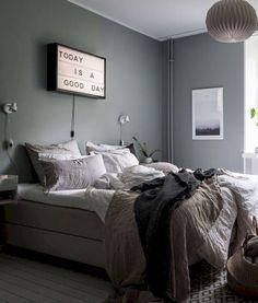 Nice 58 Cozy Scandinavian Master Bedroom Ideas https://kindofdecor.com/index.php/2018/05/17/cozy-scandinavian-master-bedroom-ideas/