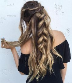 15 Easy Hairstyles for Long Thick Hair - Trend Frisuren Holiday Hairstyles, Messy Hairstyles, Pretty Hairstyles, Hairstyle Ideas, Unique Hairstyles, Long Thick Hairstyles, Easy Hairstyles For Work, Casual Braided Hairstyles, Boho Hairstyles For Long Hair