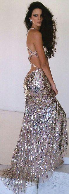 Vestido simplesmente perfeito!! Amei!!