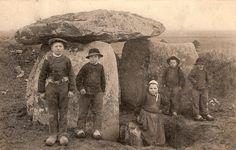 Dolmen prés de Brest, 1899. Finistere.  Brittany!