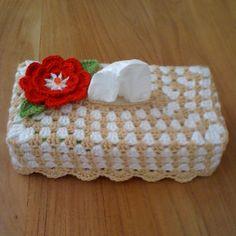Tissuebox cover Crochet Kitchen, Crochet Home, Knit Crochet, Crochet Bags, Tissue Box Covers, Tissue Boxes, Tissue Holders, Modern Crochet, Covered Boxes
