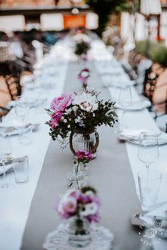Betti&Toon's wedding table decoration