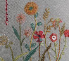 embroidered details, détail de la broderie du cale-porte, juil 2016, http://www.artisanne-textile.fr
