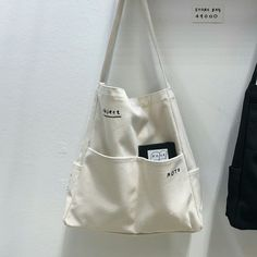 Diy Tote Bag, Reusable Tote Bags, Mochila Tutorial, Creation Couture, Linen Bag, Shopper Bag, Cotton Bag, Handmade Bags, Canvas Tote Bags