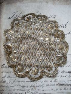 """""""VINTAGE METALLIC NET DOYLIE MAT ~assuit shawl textile 