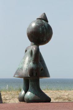 Tom Otterness, Garden Sculpture, Toms, Art Deco, Street, Outdoor Decor, Art, Walkway, Art Decor