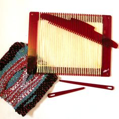 Weaving Loom, Beginner Loom Kit, Learn to Weave Kit. $18.00, via Etsy.