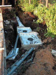 Индивидуальный застройщик часто сталкивается с проблемой переработки и утилизации сточных и фекальных отходов.Для устройства туалета на даче своими руками в народном дачном загородном строительств…