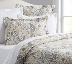 Shop greta organic duvet cover from Pottery Barn. Our furniture, home decor and accessories collections feature greta organic duvet cover in quality materials and classic styles. Organic Duvet Covers, Bed Linens Luxury, Bed Decor, Simple Bed, Best Bedding Sets, Bed, Red Bedding, Farmhouse Bedding, Duvet Covers