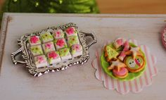 Dollhouse christmas. Mini Christmas Bakery In Pink And Green