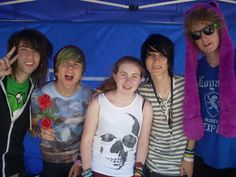 Me with Jordan Sweeto, Damon Fizzy, Johnnie Guilbert , and Bryan Stars @ the Warped YouTuber tent