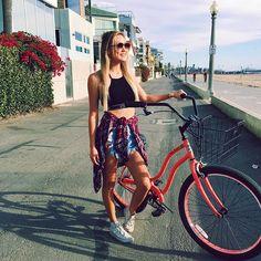 biking is more fun when it's pink 🎀 Lauren Diy, Lauren Riihimaki, Alisha Marie, Youtube Stars, Tumblr Girls, Cute Photos, Diy Clothes, Girl Power, Spring Outfits