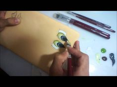 How to paint eyes, in portuguese but easy to follow