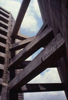 Clássicos da Arquitetura: SESC Pompéia,© Julio Roberto Katinsky. Cortesia de Arquigrafia
