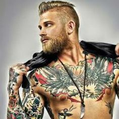 Tatouages ​​Hommes Les Plus Sexy 2019 Tatouages ​​Hommes Les Plus Sexy Sexiest Men Tattoos 2019 Sexiest Men Tattoos 2019 · by Katness · What Makes You Confident and Sexy? Trendy Mens Haircuts, New Haircuts, American Women, Tattoo Mexicana, Bart Tattoo, Hair And Beard Styles, Hair Styles, Rockabilly Hair, Rockabilly Style