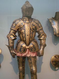 Medieval Armor by IslesPunkFan, via Flickr