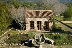 mediteranean cottages | Stone cottage in Mediterranean countryside