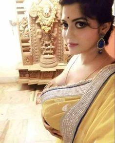 Now you are one of them to search girl dp Western Girl Outfits, Girls Cuts, Stylish Girl Pic, India Beauty, Indian Girls, Sexy Hot Girls, Hottest Models, Beautiful Actresses, Beauty Women