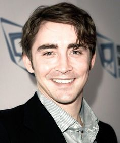 Lee Pace At the 9th Annual Family Television Awards November 28 2007