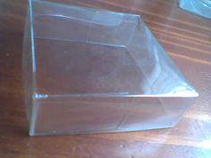JUD artes: Caixa quadrada de pet redonda