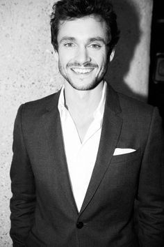 Hugh Dancy . I found my future husband. <3