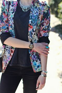 Spring Fashion 2014 with blogger District of Chic: tide has turned. Loving this floral blazer & silver statement necklace to give pop to this all black outfit. ::M::