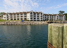 16 Best Charlevoix images   Guest rooms, Little cottages, Charlevoix ...