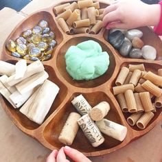 preschool playdough - loose parts Playdough Activities, Preschool Activities, Preschool Rooms, Motor Activities, Preschool Learning, Curiosity Approach Eyfs, Eyfs Classroom, Continuous Provision, Imagination Tree