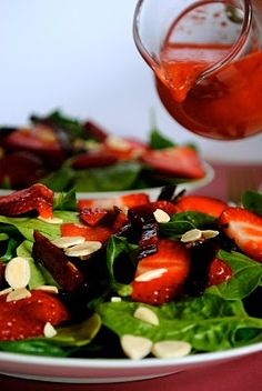 fat girl trapped in a skinny body: Strawberry Spinach Salad