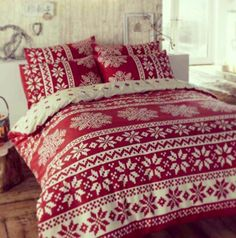 Cosy Christmas Bedding - Alpine Red Duvet Cover Set Double by Yorkshire Linen Christmas Time Is Here, Merry Little Christmas, Christmas Love, Winter Christmas, Thanksgiving Holiday, Christmas Snowflakes, Country Christmas, Hygge Christmas, Christmas Porch