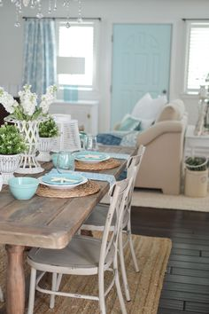Fox Hollow Cottage. An eclectic blend of cottage farmhouse style,with vintage finds and junque store favorites. Summer Farm Table Decorating Ideas with Coastal Touches.