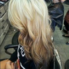 Blonde and brown ombre hair. Really want to do this with my hair :D