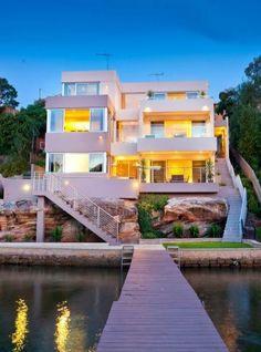 Modern & Minimalist Architecture