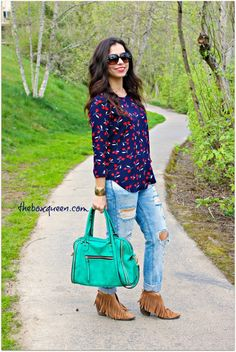 Golden Tote Review & Giveaway, Casual Spring Style, Women 's Fashion, Outfit Idea