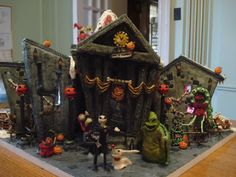 It's Tim Burton's Birthday! Looking back on an old project: This was a massive gingerbread house that was built for a competition (I won, yay!) in 2008 and it is modeled after Tim Burton's Nightmare Before Christmas. The entire display actually. Halloween House, Holidays Halloween, Halloween Crafts, Halloween Decorations, Christmas Decorations, Holiday Decor, Holiday Desserts, Halloween Stuff, Mickey's Very Merry Christmas