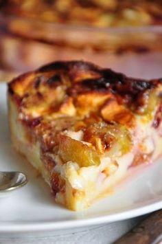 My grandpa's clafoutis recipe - ♨ Impasse du Dessert Gourmand - Desserts French Desserts, Köstliche Desserts, Sweet Recipes, Cake Recipes, Dessert Recipes, Clafoutis Recipes, Grilling Gifts, Food Cakes, Food Porn