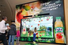 Volvic Juiced Interactive Digital Billboard at Bluewater Shopping Centre. I want to play!