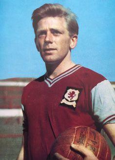 Gerry Hitchens of Aston Villa in Aston Villa Fc, Corinthian, Football Players, 1960s, Tacos, Polo Ralph Lauren, Club, History, Historia