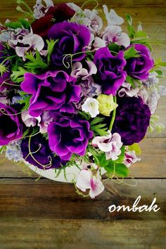 For lisianthus, color as well as form gorgeous purples | ombak