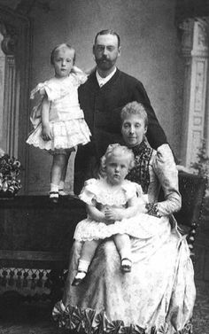 Prince Waldemar & Princess Marie with their sons.