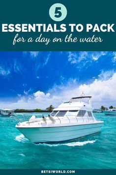 5 Essentials to pack for a day on the water! Whether you're a seasoned sea traveler or going on your first adventure, th Packing Tips For Vacation, Cruise Tips, Packing Lists, Travel Packing, Travel Europe, Travel Backpack, Europe Packing, Backpacking Europe, Amigurumi