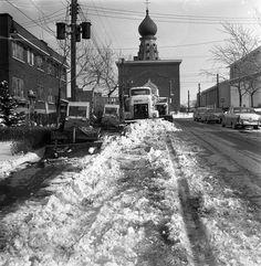 Rue Clark prêt de Guizot à Ville rayonnement en 1964 Montreal Ville, Of Montreal, Rue Sainte Catherine, Canada, Snow Plow, Saint Jean, Far Away, Quebec, Old Photos