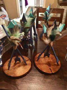 Arrow feather centerpiece Feather Centerpieces, Baby Shower Centerpieces, Baby Shower Decorations, Arrow Baby Shower, Tribal Baby Shower, Boy Baby Shower Themes, Baby Boy Shower, Native American Baby, Tribal Theme